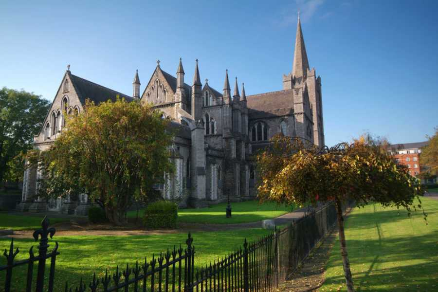 Pat Liddy's Walking Tours of Dublin Auf den Spuren von St. Patrick