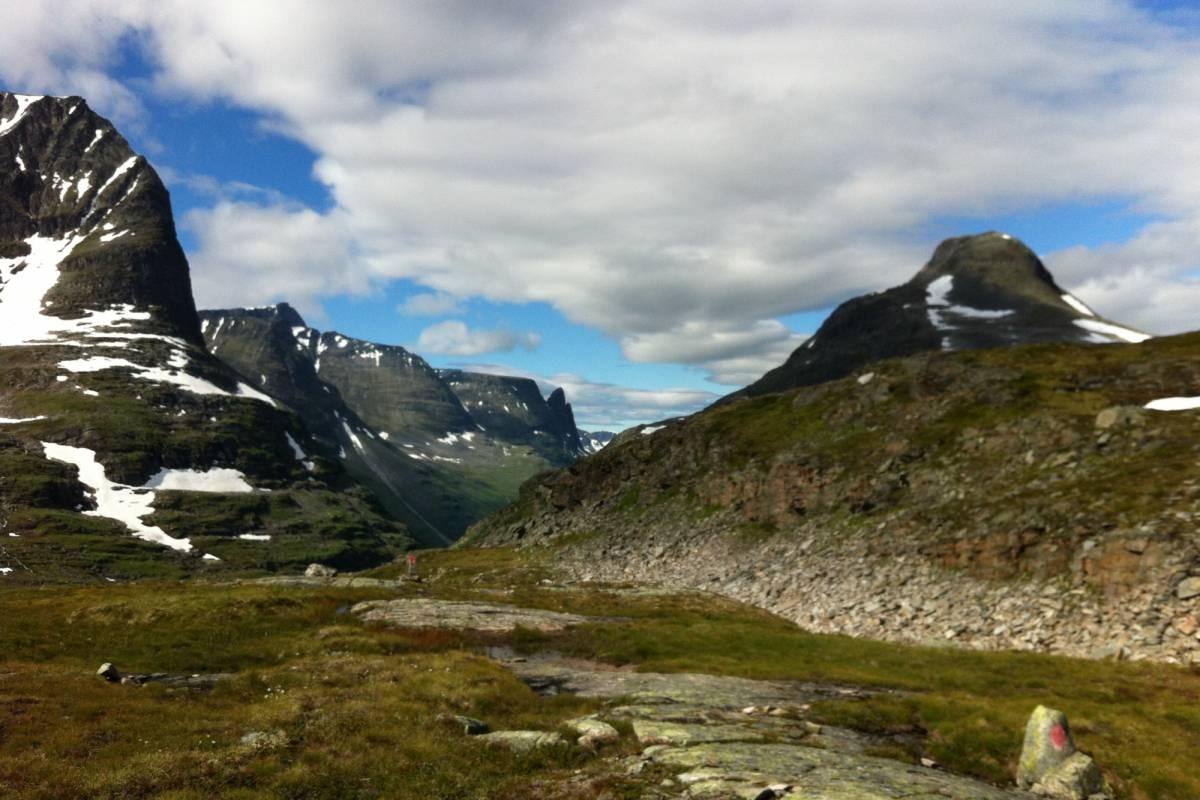 Contrast Adventure Norway Hiking in Trollheimen