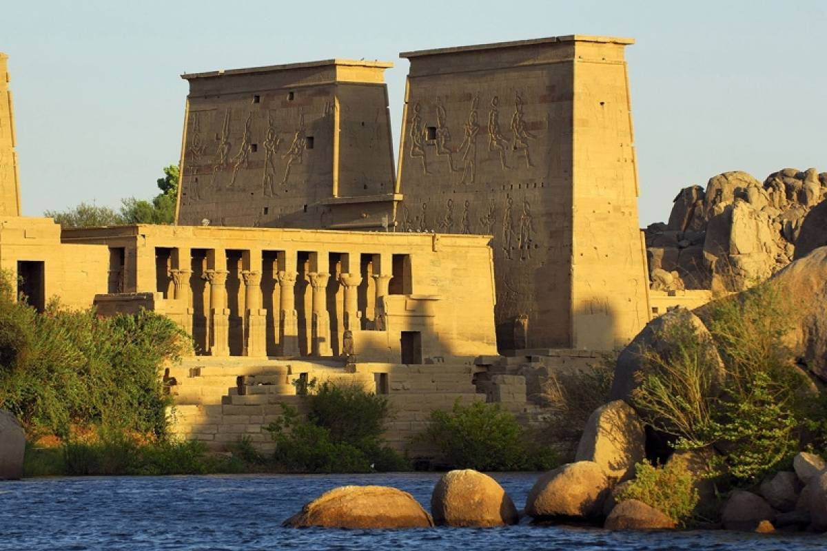 Deluxe Travel Aswan Tour Philae Temple Unfinished Oblesik High Dam