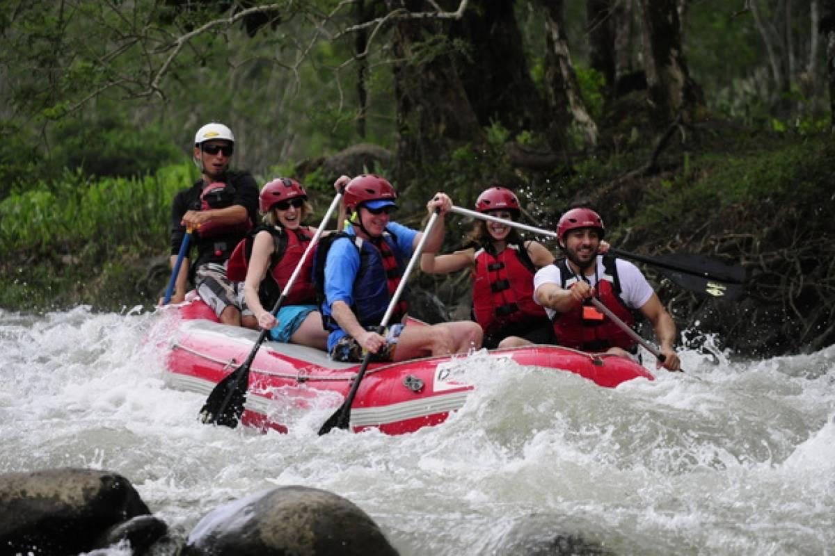 Kelly's Costa Rica Arenal Rafting Class II & III - Balsa River