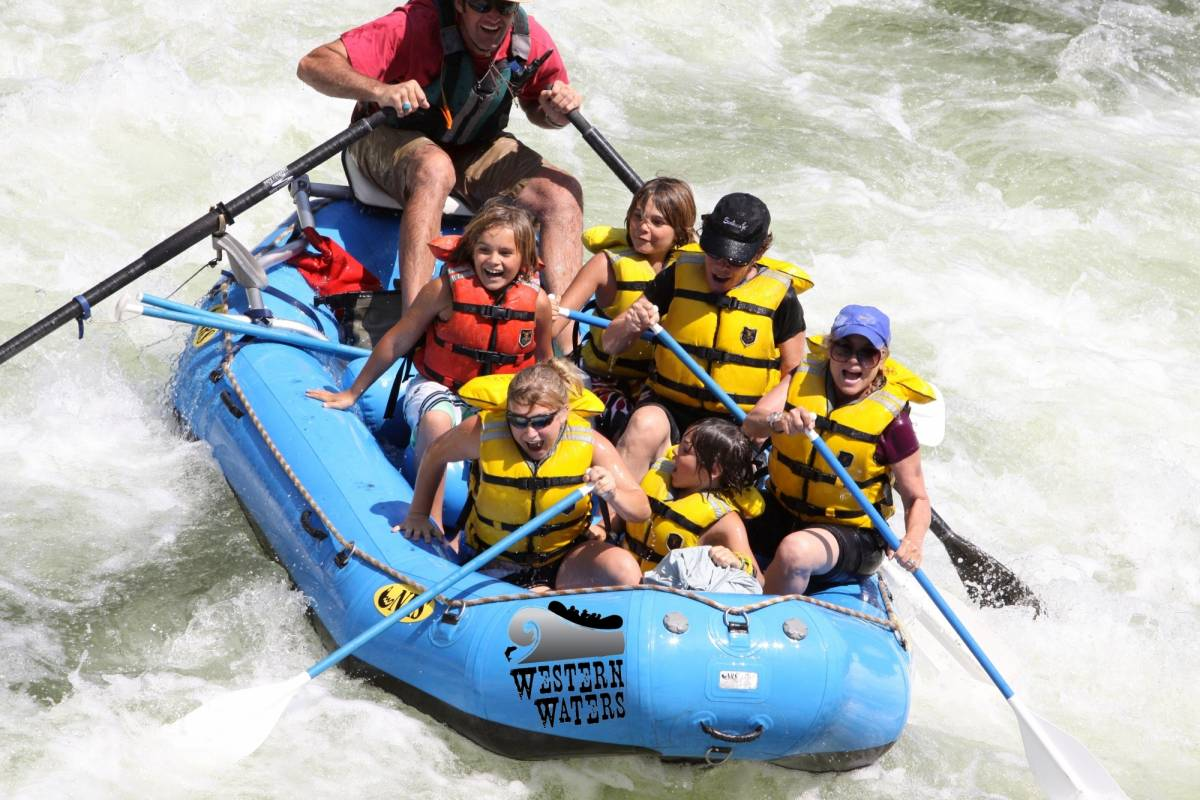 Kelly's Costa Rica Tenorio River Rafting Class III - V