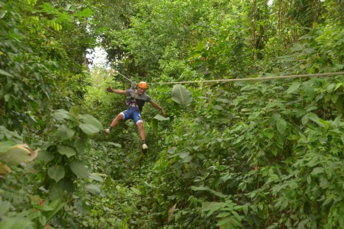 Kelly's Costa Rica Arenal Ziplining
