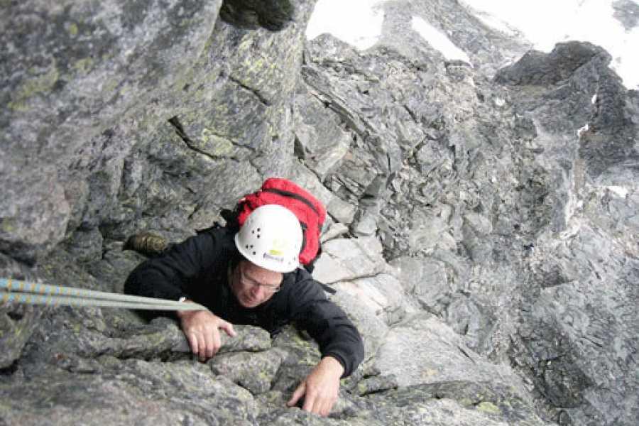 Jostedalen Breførarlag Schnupper-Felskletterkurse