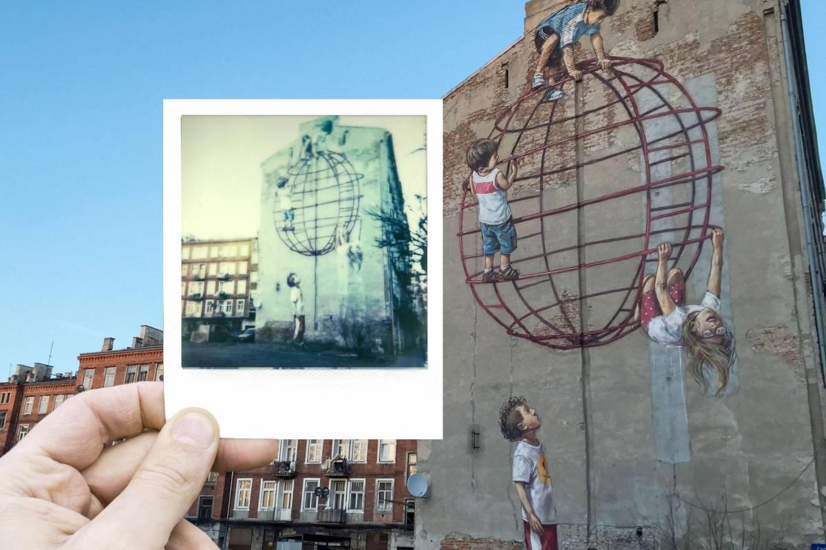 Sophort Polaroid Photo Tour Warsaw - Urban