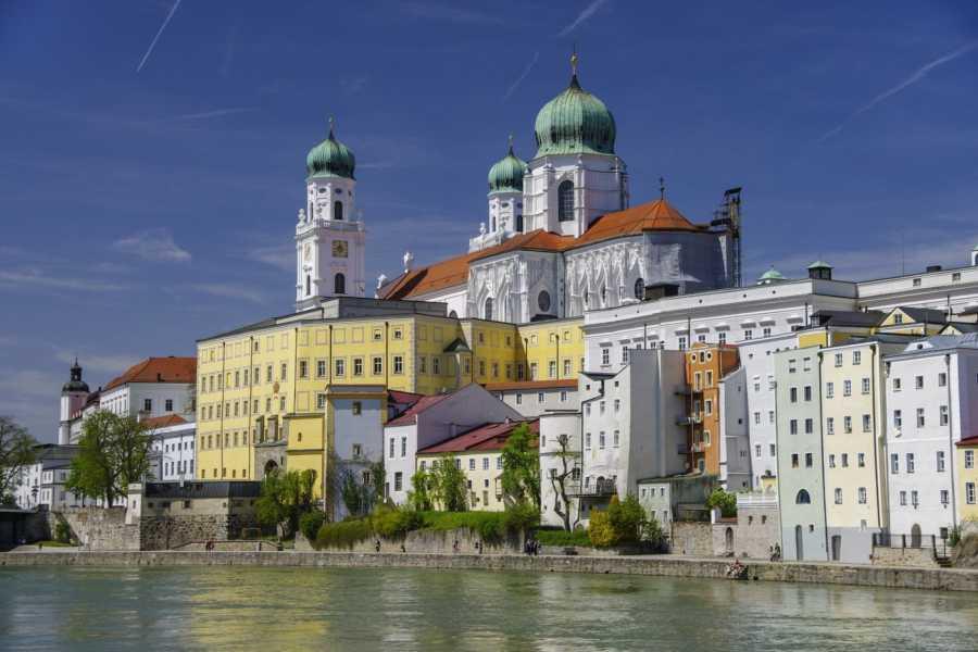 24/7/365 Travel Cesky Krumlov Passau Taxi