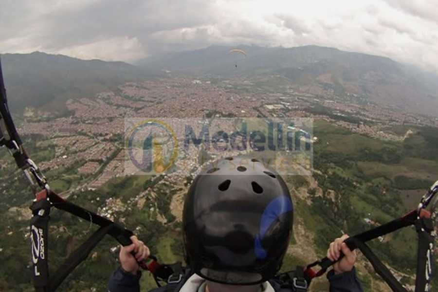 Medellin City Tours Medellin City Tour Including Paragliding and Food Tasting