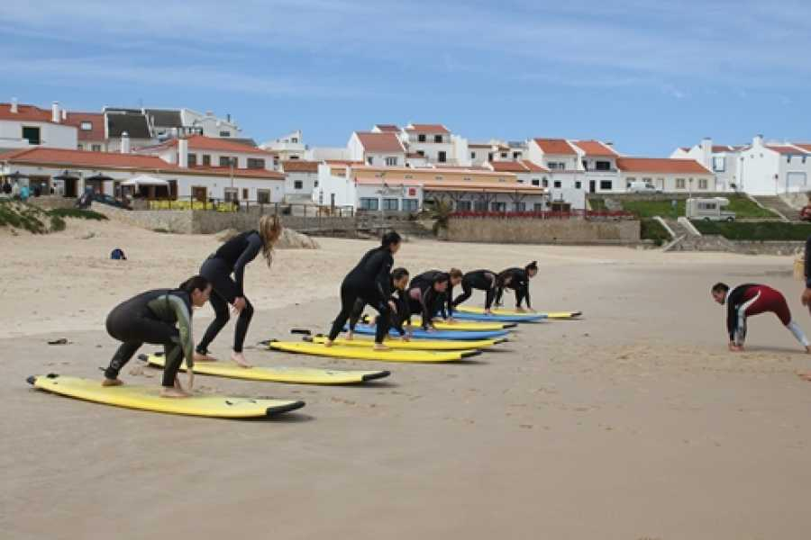 Bus2Alps AG Peniche Surf Camp