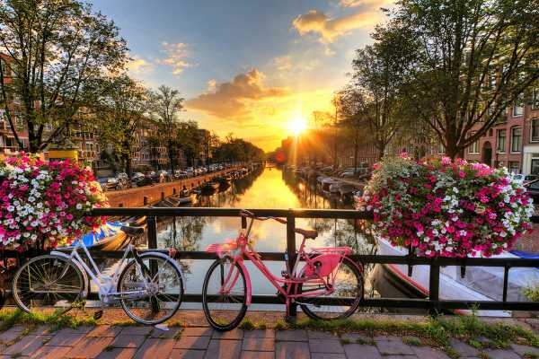 SANDEMANs NEW Amsterdam Tours Tour en Bicicleta