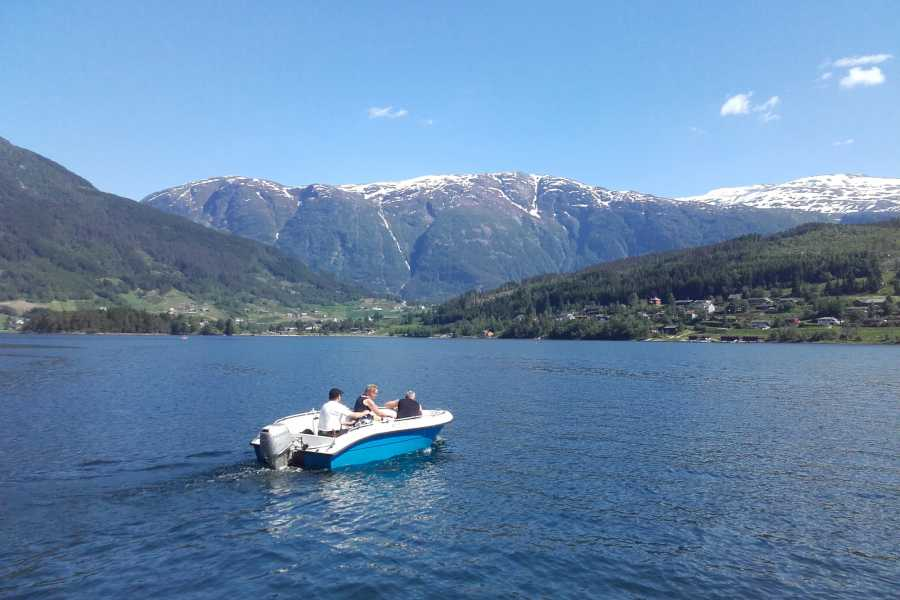Be Nature Drift AS PRIVATE FJORD BOAT EXCURSION HALF DAY