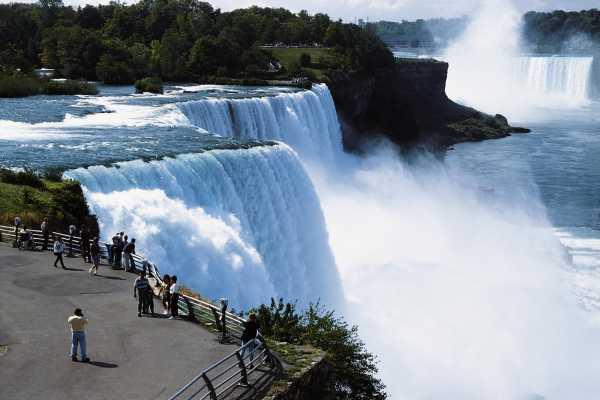 2-Day Niagara Falls, Corning Tour from New York/New Jersey