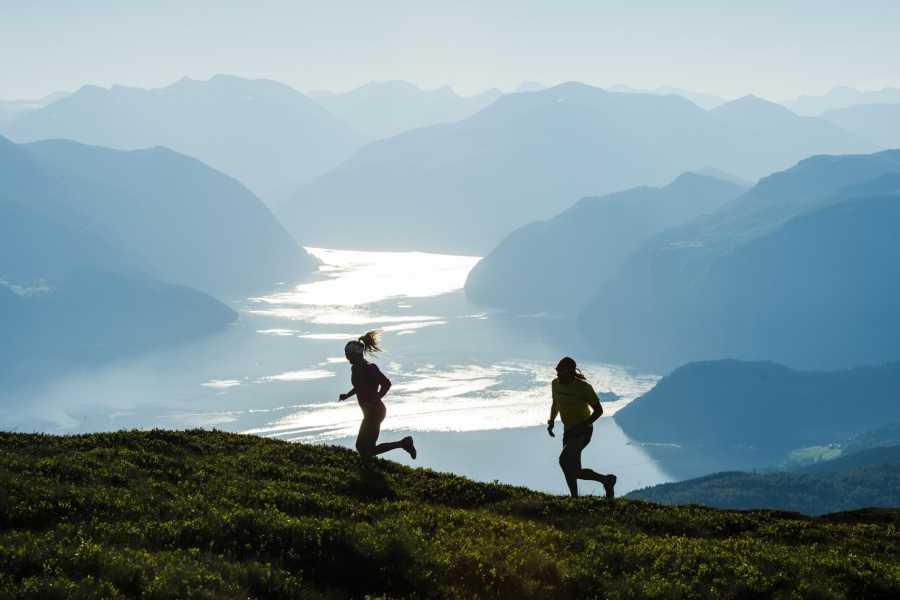 FRAM Rundtur til Stranda & Storfjord