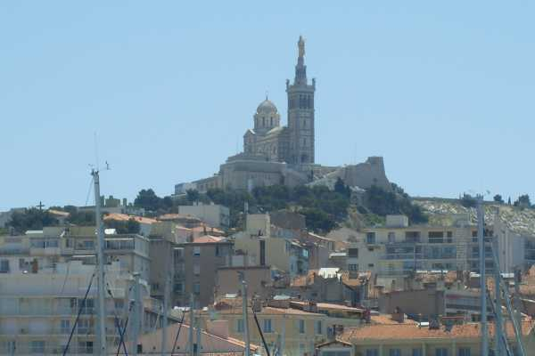"1. Marseille 1-Day Shared Minibus Tour ""Aix En Provence & Marseille"""