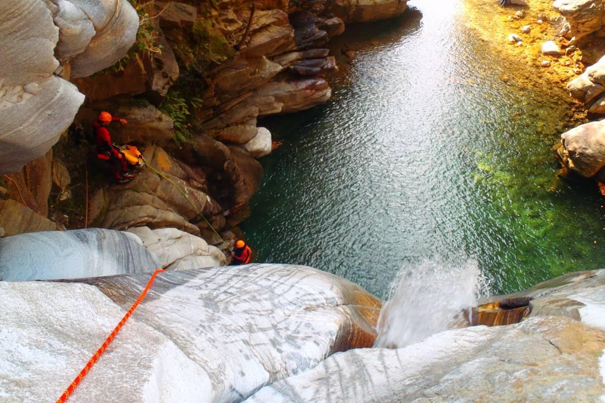 Die Canyonauten Canyoning Tessin