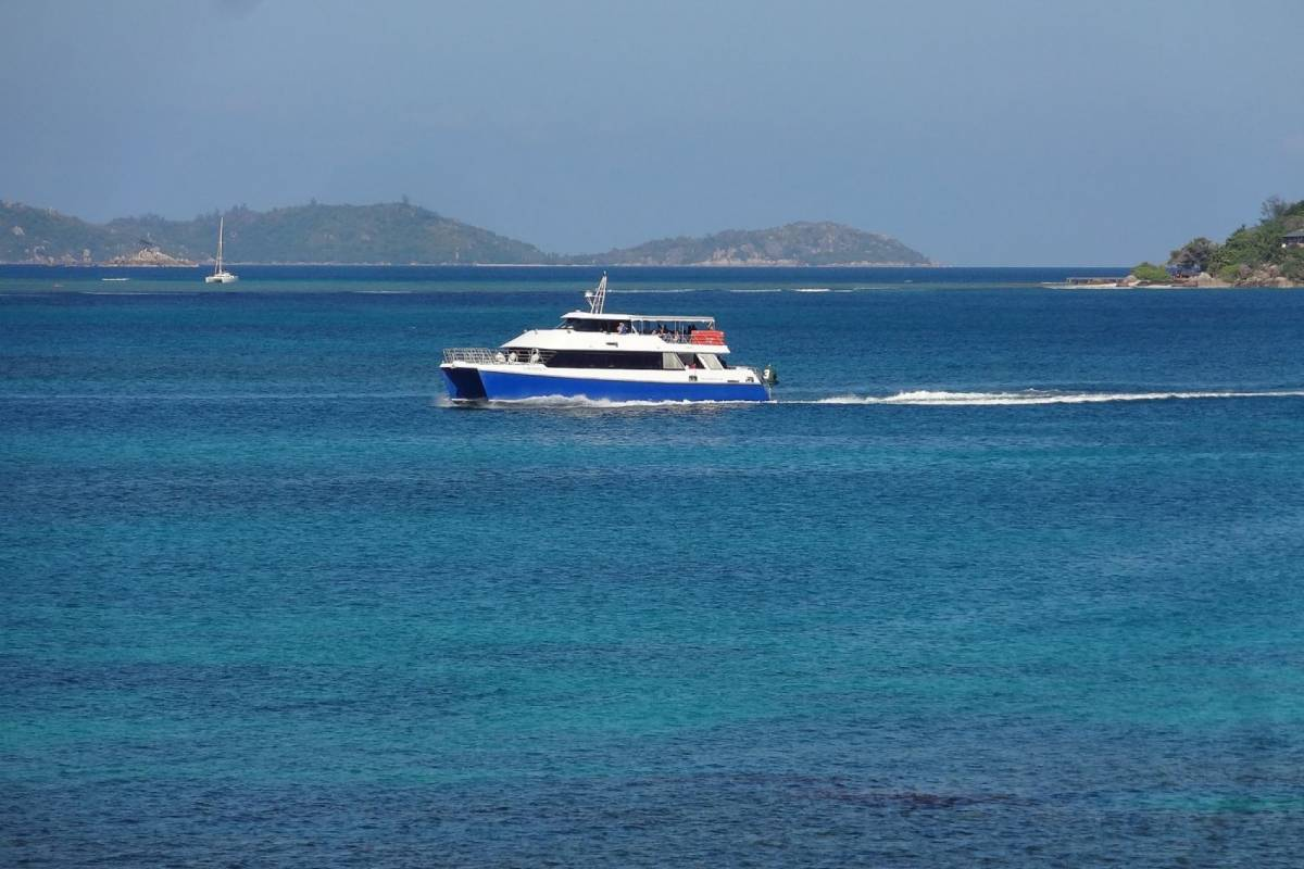 SeyFerry.com La Digue - Praslin