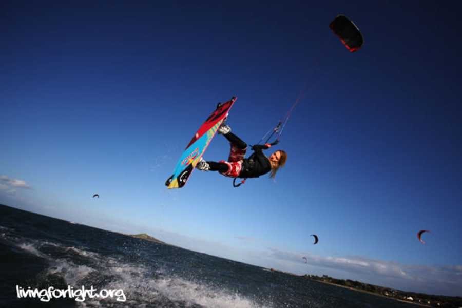 pure magic watersports Kitesurfing lesson private 2hrs