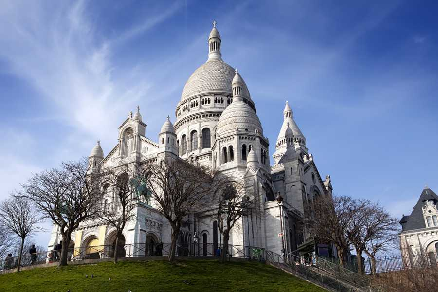 SANDEMANs NEW Paris Tours Paris' Montmartre District Tour