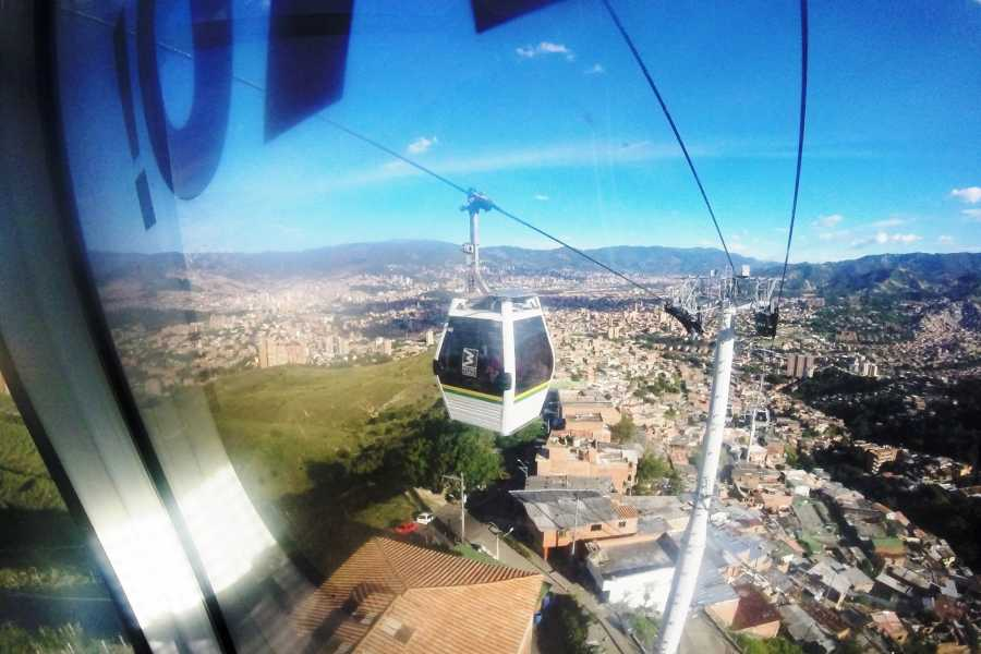 Medellin City Services BoGo Tour:  BOOK METRO TOUR AND GET FREE CHRISTMAS TOUR