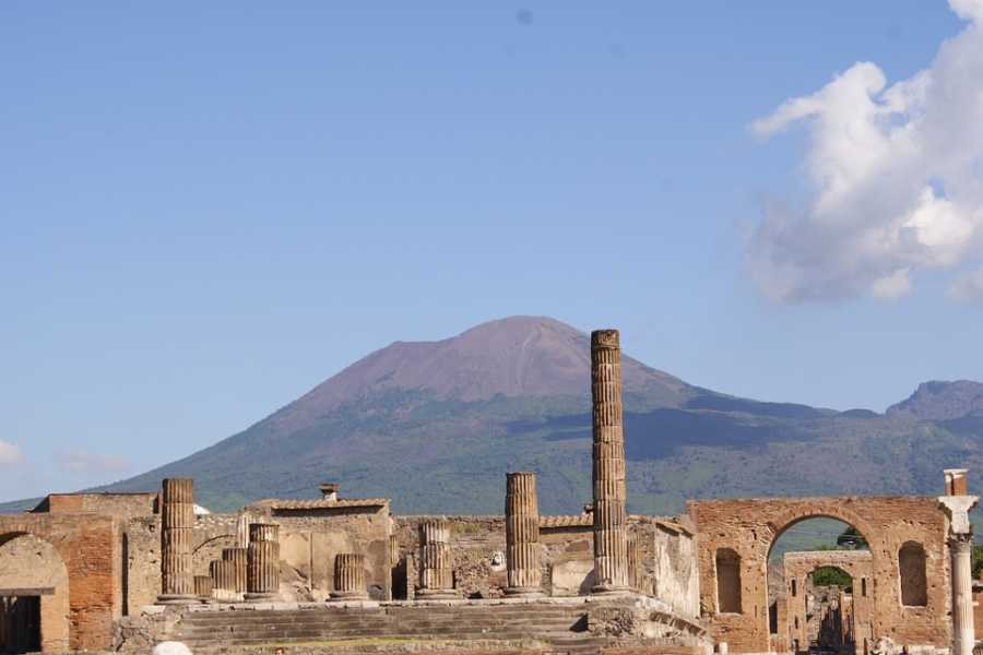 Travel etc Pompeii and Vesuvius