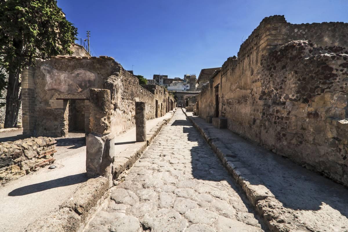 Travel etc Herculaneum Half Day