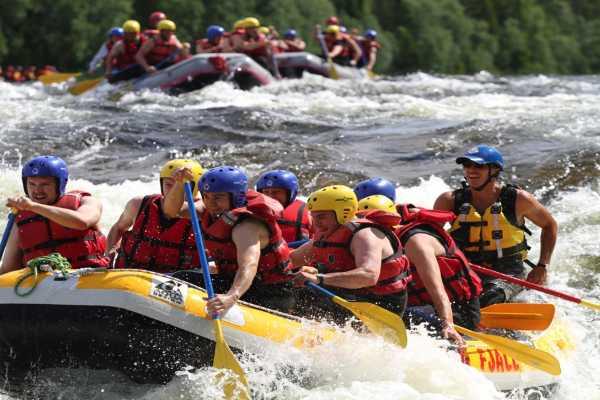 Camp Åre Advanced rafting