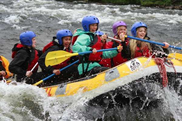 Camp Åre Family rafting