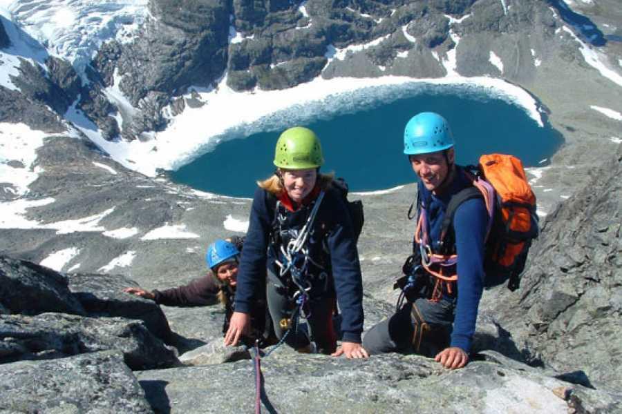 Jostedalen Breførarlag Eigenførar fjell- og klatreturar