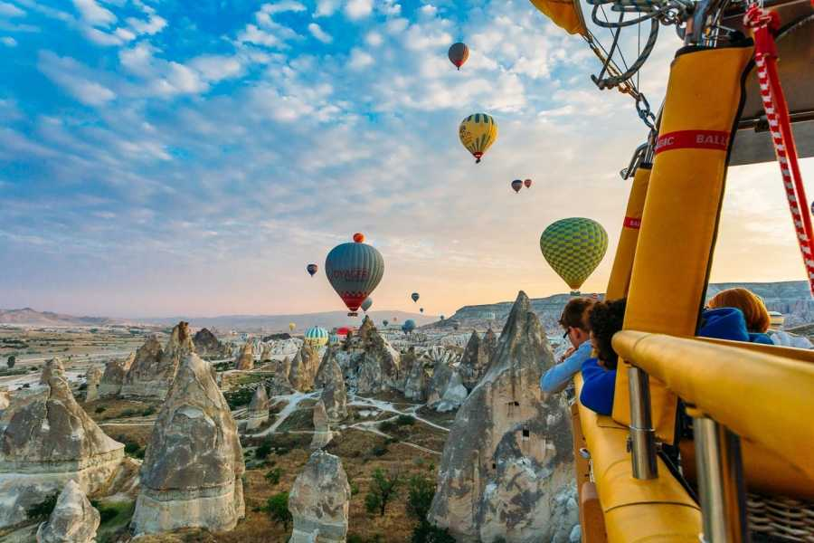 BarefootPlus Travel Hot Air Balloon Ride (Budget)