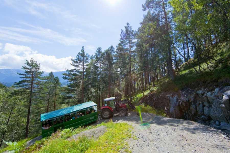Åkrafjorden Oppleving AS Tractor Safari to Eikemo