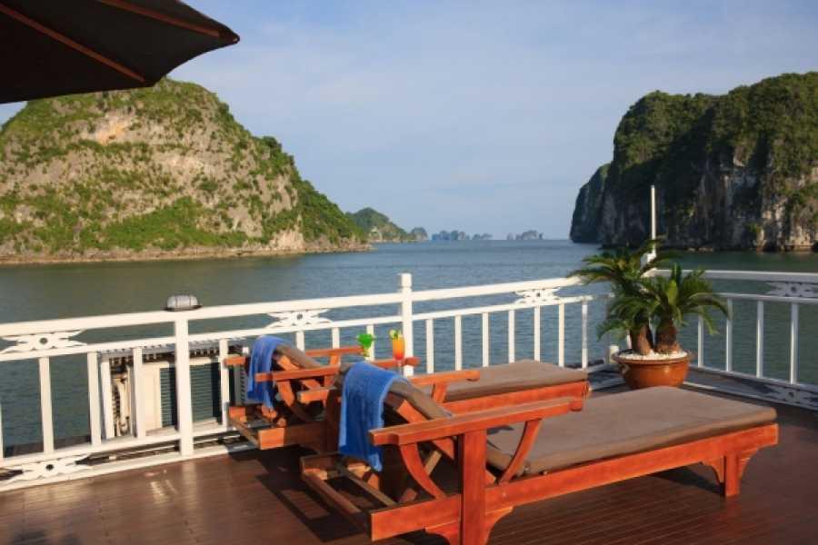 Vietnam 24h Tour Garden Bay Cruise 2D1N