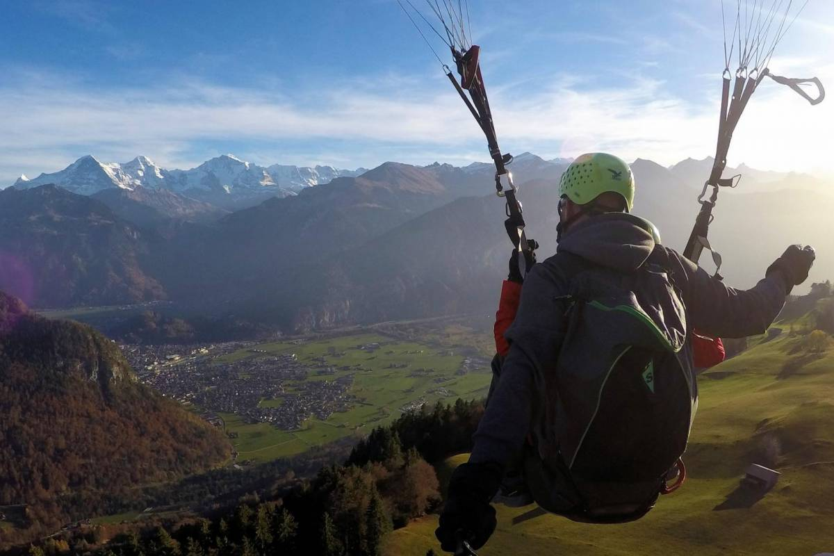 AlpinAir Paragliding Interlaken AlpinAir 'The Early Bird'