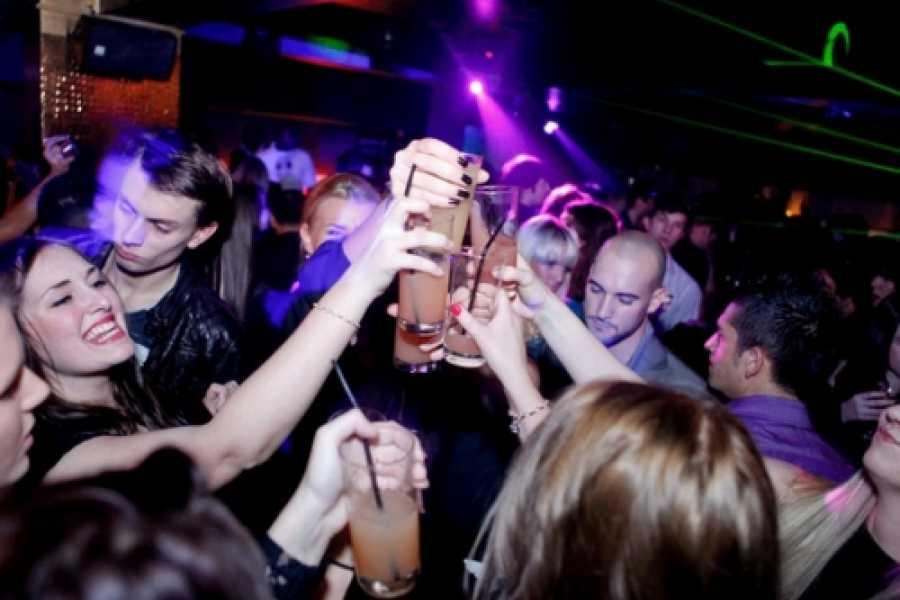 Tour Me Out Party Tour Barcelona (THU - FRI - SAT)