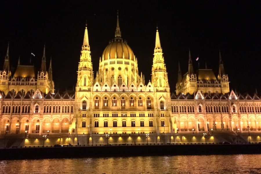 Bus2Alps AG Budapest Danube River Dinner Cruise
