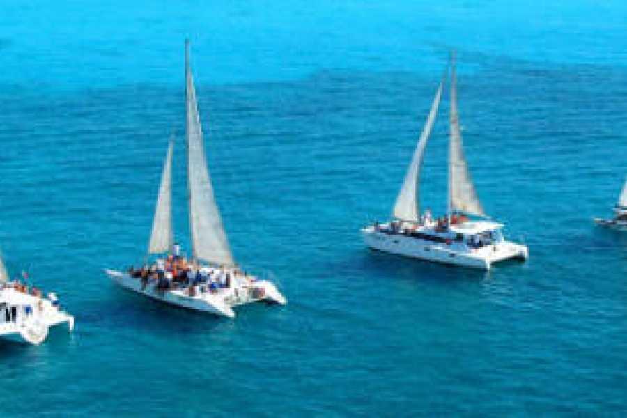VIAJERO MEXICO Isla Mujeres mit einem Katamara PRIVAT