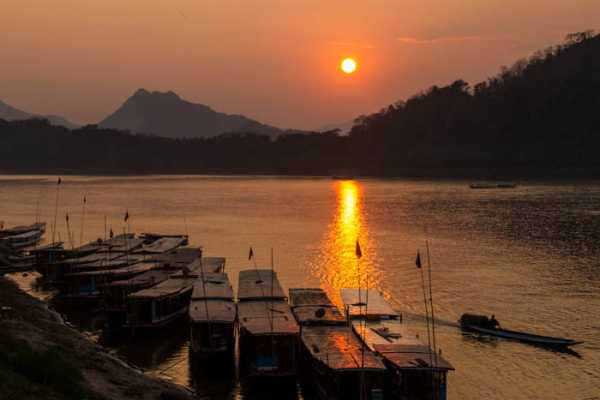 Vietnam 24h Tour Vientiane to Luang Prabang 6 Days / 5 Nights