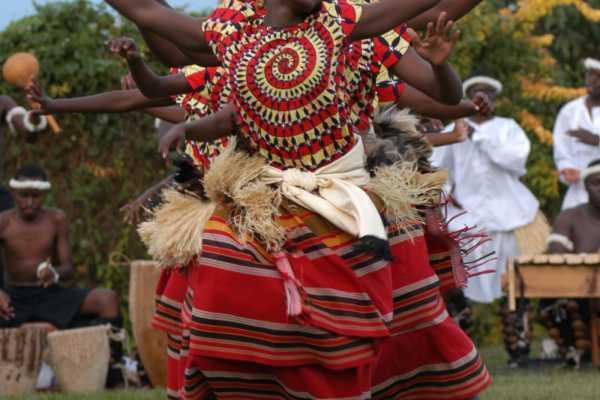 21 days Discover Uganda group tour