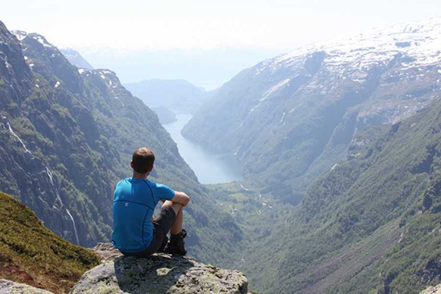 Øystein Ormåsen Kiellandbu: The magical cabin