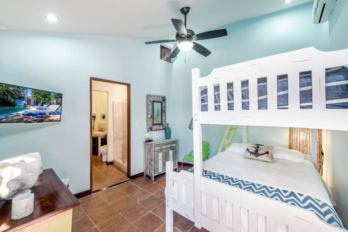 Kelly's Costa Rica The Beachy Bunk Room at Sirena Serena