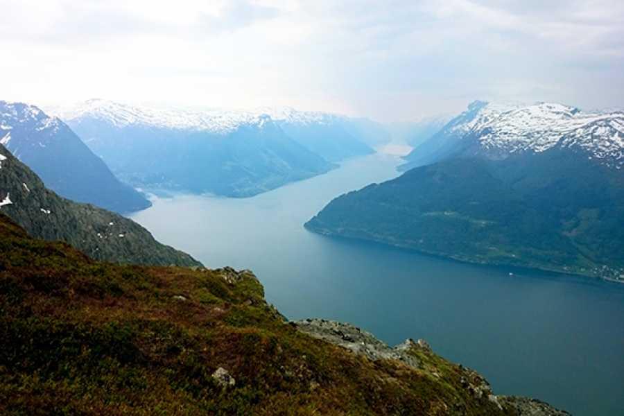 Øystein Ormåsen Oksen - where the fjords meet