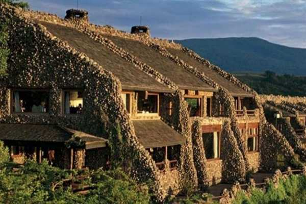 10 Days Kilimanjaro-Tarangire National Park-L Manyara-Serengeti-Ngorongoro Crater