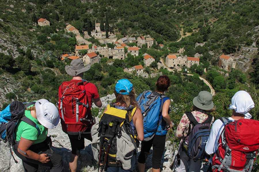 Aktivni Odmor Hike to lost villages of Hvar