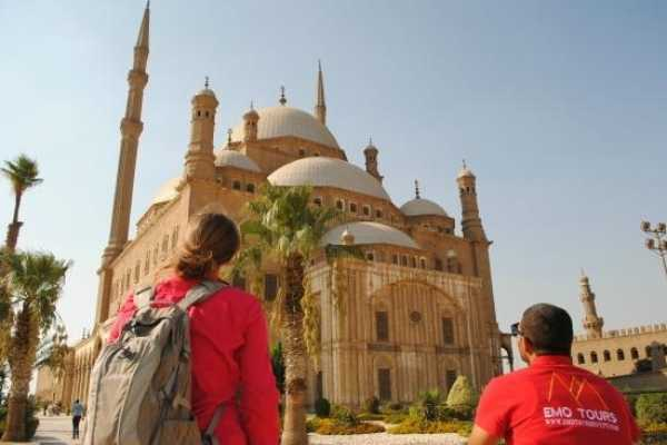 EMO TOURS EGYPT KAIRO ZWISCHENSTOPP REISE ZUM GIZA PYRAMIDE ISLAMISCHER KAIRO & KHAN KHALILI BAZAAR