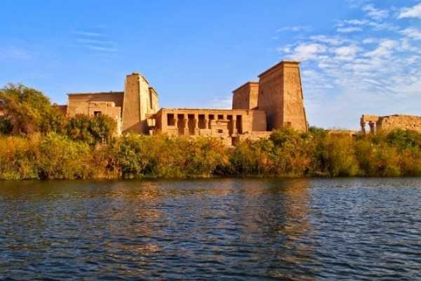5 Days 4 Nights Egypt Holiday package includes Cairo & Nile Cruise from Aswan to Luxor