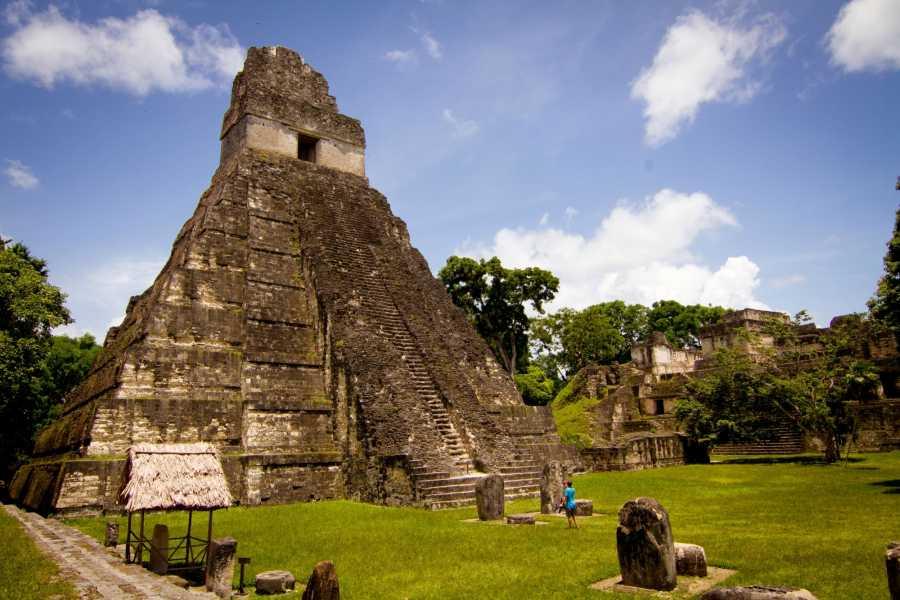 Gem Trips Desde Frontera con Belice, Tikal en grupo pequeño (3 a 6 pasajeros)