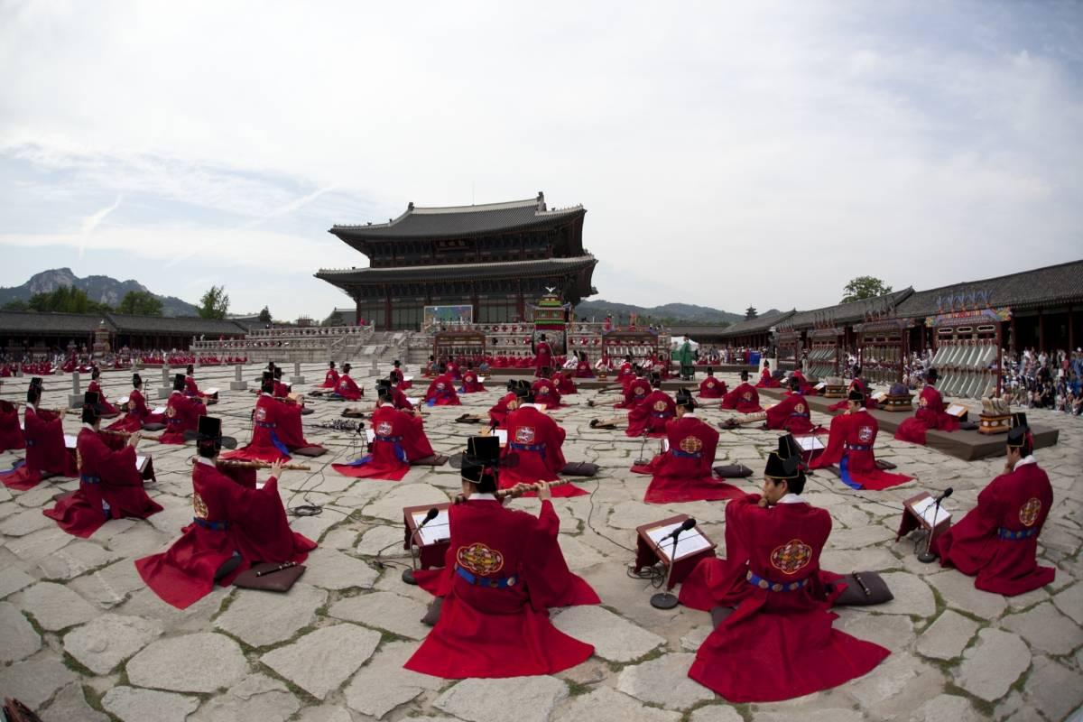 Kim's Travel [SReXperts]Seoul CIty Half Tour