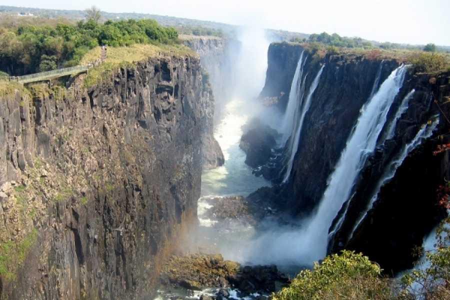 BOOKINGAFRICA.NET Livingstone - Siankaba 3 nights