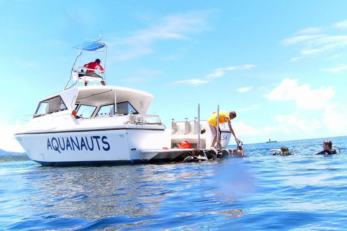 Aquanauts Grenada SGU 2-Tank Afternoon Boat Trip