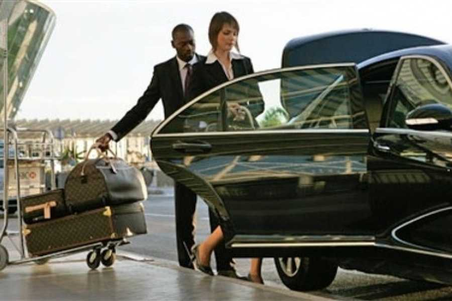 EMO TOURS EGYPT PRIVAT PICK-UP TRANSFER VOM HURGHADA FLUGHAFEN ZUM HOTEL IN HURGHADA