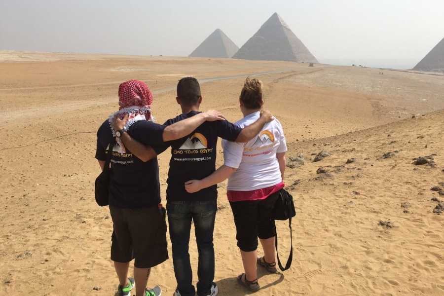 EMO TOURS EGYPT BUDGET DAY TOURS PYRAMIDEN LUNCH CRUISE VON AIN EL SOKHNA HAFEN