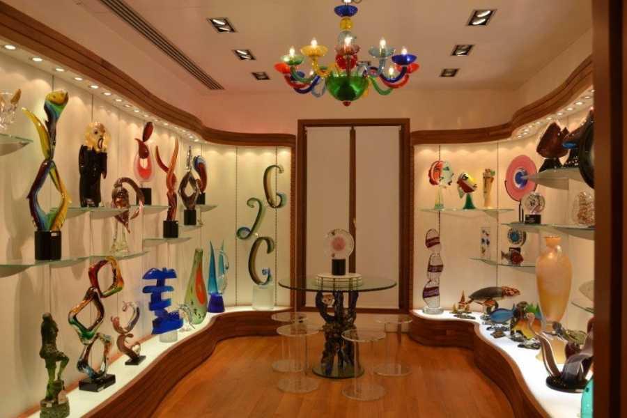 Venice Tours srl Talleres artesanos de Venecia – Mascaras, comida, vidrio y mucho más (tour privado).