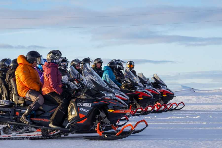 Puls Camp Åre Snowmobile tour